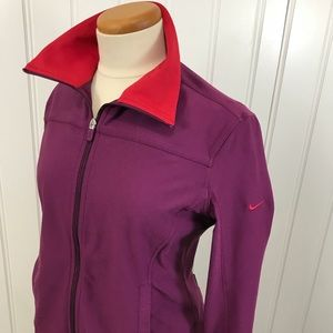 Nike fit dry jacket purple with red collar size L